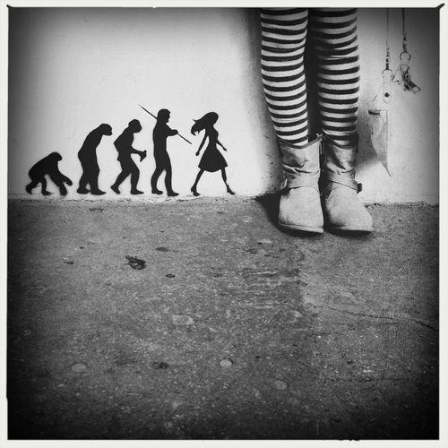 Streetart Paris Woman NEM Submissions