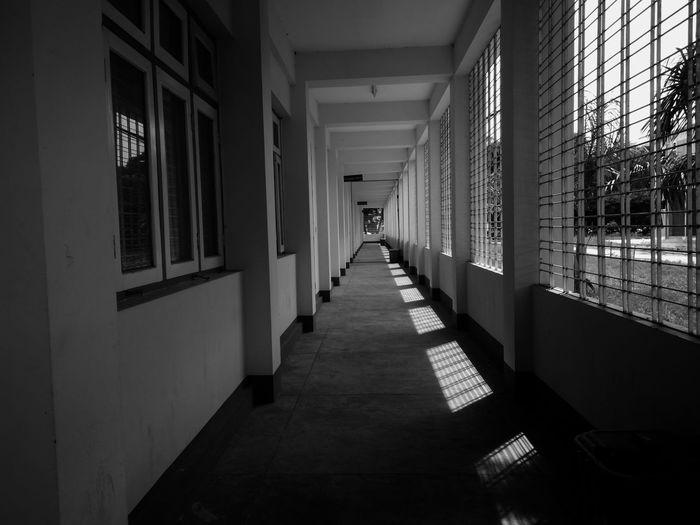 Black and white_at Uni