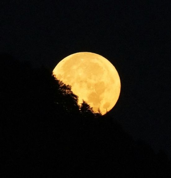 Moonset Moon Beauty In Nature Landscape Scenics Mountain Close-up Moon Surface Moonset At Sunrise