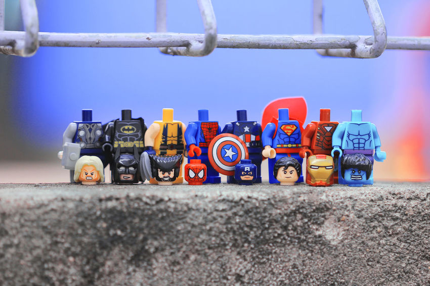 group pose Marvel Marvellegends Marvelentertainment MarvelHeroes Marvelactionfigure Marvelfigures Legophotography Lego Minifigures Legocollection Batman Thor  Ironman Hulk Wolverine Captainamerica Superman Spiderman
