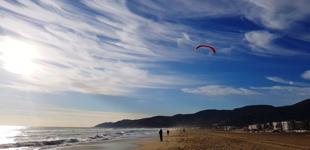 Paragliding Flying Extreme Sports Mountain Beach Parachute Sport Adventure Sand Mid-air