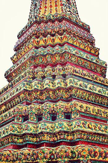 Beautiful tile art at one of the temples at Wat Pho Travel Travel Photography Artoftravel Bangkok