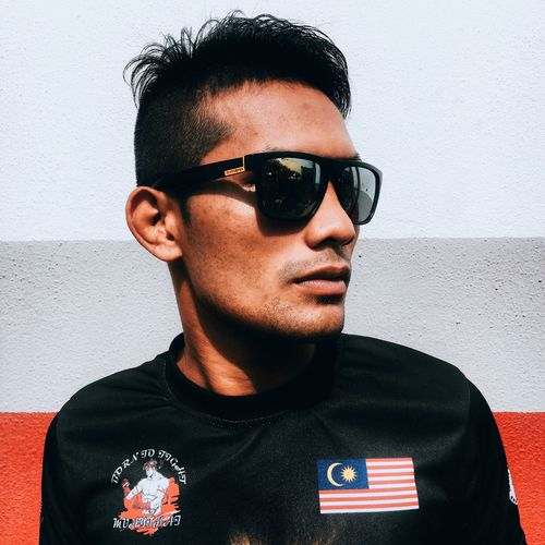 Sunglasses One Person Young Men Lifestyles Real People Front View Portrait Close-up White Background Young Adult Headshot Trendy One Man Only Day People EyeEmBestPics Eyem Best Shots Popular Photos VSCO Vscocam Vscogood EyeEm Malaysia EyeEm Best Edits EyeEm Gallery Hdrvsco