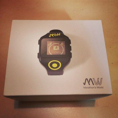 遲來的聖誕節禮物Marathonsworld Mw Watch 三鐵錶 覺得期待 覺得要去跑一趟