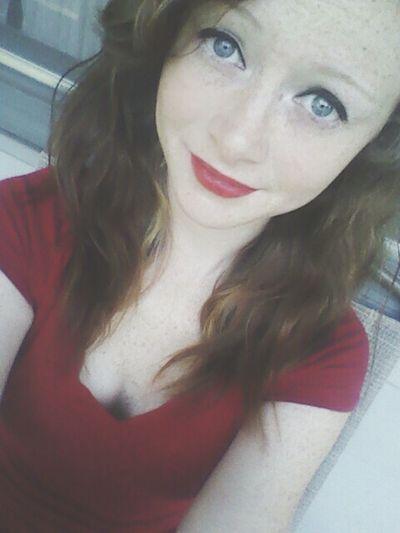 Am I Cute Yet? Red Lipstick Pretty Hola
