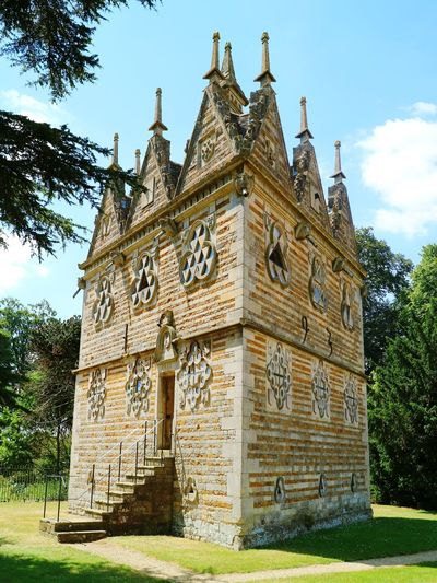 Triangular Lodge, Rushton...an English Folly. Folly Architecture Architecture England, UK Outdoors No People Sunlight Historical Building History Architecture Nature The Architect - 2018 EyeEm Awards