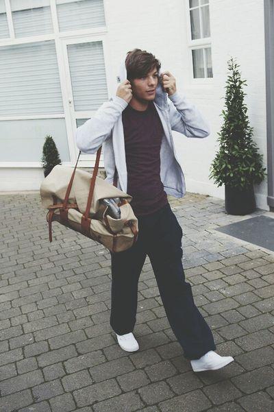Louistomlinson One Direction ❤ Onedirection #harrystyles #niallhoran #zaynmalik #louistomlinson #liampayne #tagsforlikes #1d #directioner #1direction #niall #harry #zayn #liam #louis #leeyum #djmalik #iphonesia #hot #love #cute #happy #beautiful #boys #guys #sexy #pretty #perfection # Onedirection