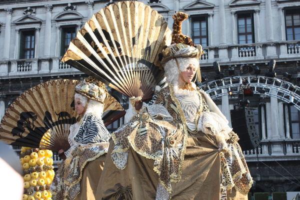 Blackvelvet Masks Eleganza Carnevale Di Venezia Piazzasanmarco Venice, Italy Dress Venezia Mask Colors Festival People Italia