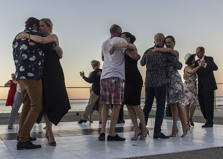 Candid Candid Photography Dancers Dancing Full Length Outdoors Streetphotography Sunset Tango