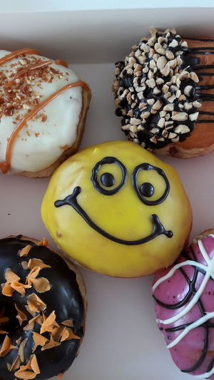 Yellow Sweet Food Food Indoors  Donutporn Donuts❤❤❤❤👌👌 Donut Holes Donut Time! Donuts Save The World Donuts🍩 Donut Holiday - Event Funny Faces
