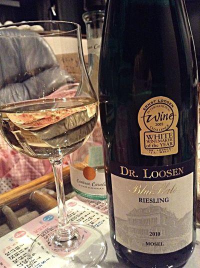 最近はドイツワインがマイブームです。甘さが特徴的で、デザートワインとして主流。貴腐ワインよりスッキリとしていて飲みやすく、果物との相性が良い食後酒。たまには、珈琲ではなくワインのリラックスタイムも良いものですw