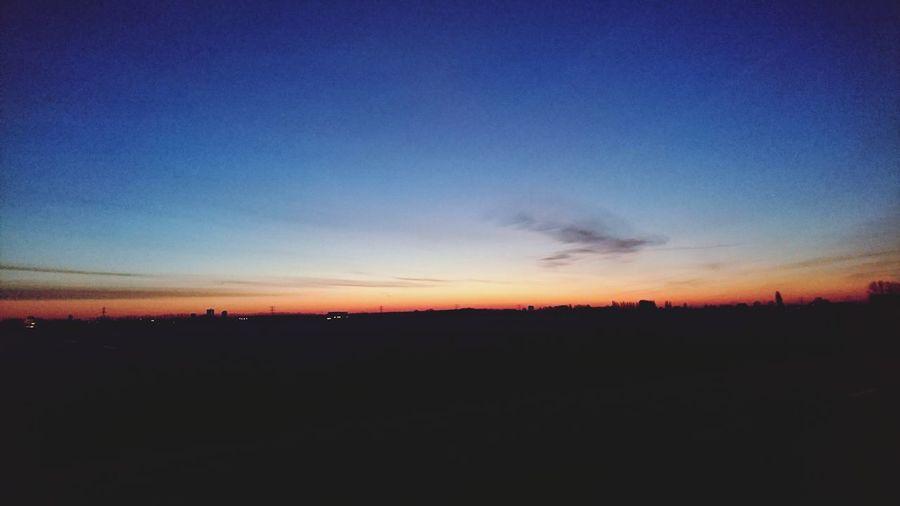 Na een periode van nat grauw druil weer, eindelijk een mooie zonsopgang Hello World First Eyeem Photo