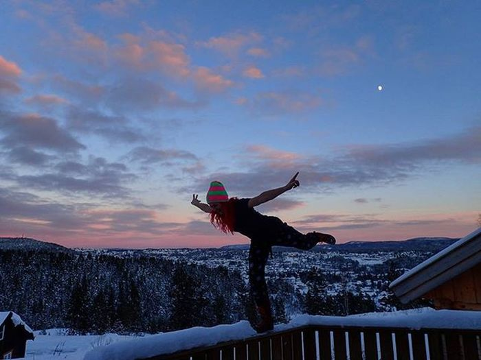 ❄💖❄amaZinG vieW frOm mY poRcH➡a biT chiLLy yeT woRth iT❄💖❄ Kongsberg Kongsbergskisenter Buskerud Norgefoto Mittnorge Wu_norway Igscandinavia Bestofnorway Loves_norway Loves_scandinavia Highlightsnorway Sportaddict Ilovesunsets Ic_skies Sunset_ig Loves_sunset Ilovewinter Freakingcold Skyporn Whataview Ridewithaview Ig_sunset Mylifemyadventure Lifeisgood Ig_neverstopexploring @backape loves_nature ilovenorway