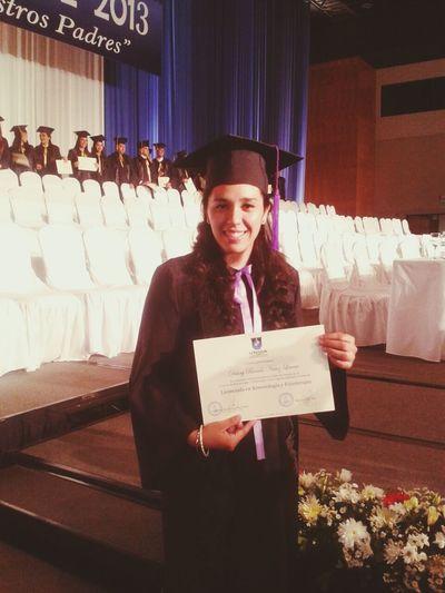 ya esta! gracias Dios por este logro...es todo tuyo! :)