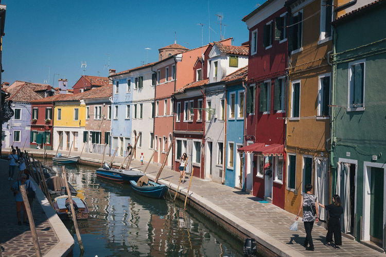 Architecture Built Structure Burano Venezia Colori Colored Houses House House Facade Case Colorate Streetphotography Street Photography Day Street Venice Venice, Italy Venice Italy