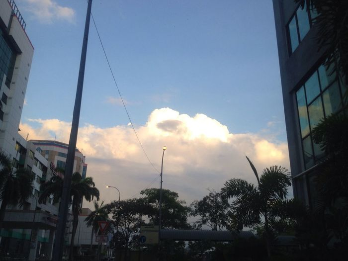 Sky Sun Envading The City Kota Kinabalu Start A New Day With Joyful Heart Credit To Laurianne