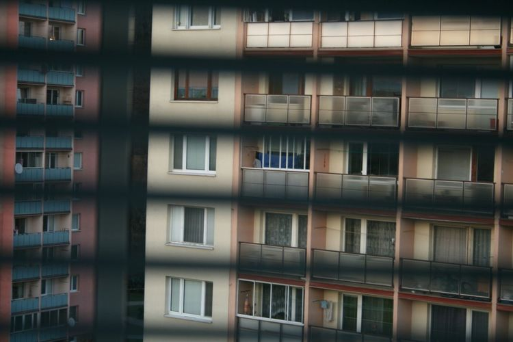 View from my window 🏢🔭😀 From My Point Of View Front View From Where I Stand Buildings Urbanphotography Urban Geometry Balcones View From The Window... View From My Window Block Of Flats Flats Check This Out Looking To The Other Side Looking Away Looking Out Of The Window Do You See What I See? Do You See It? Yellow And Orange Windows