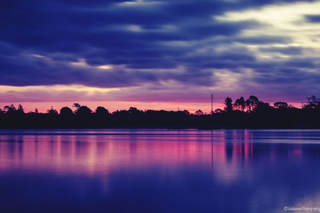 Reflection Sunset Sky Tree Water Cloud - Sky Silhouette Tranquil Scene Lake Beauty In Nature Nature Scenics Dusk Tranquility No People Outdoors Day