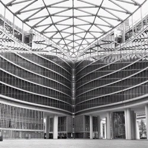 Milan region #building #arch #olympus #getolympus #e5 #igersmilan #b&w #dxo B Building Olympus Arch E5 Getolympus Igersmilan Dxo