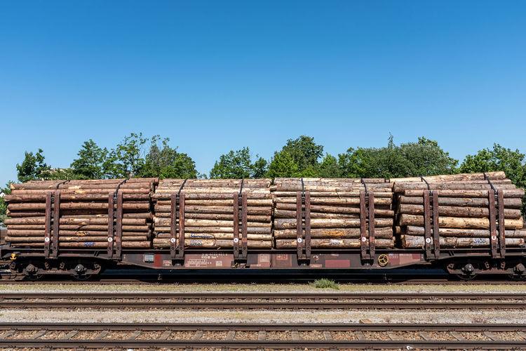 Wood. Sky Stack