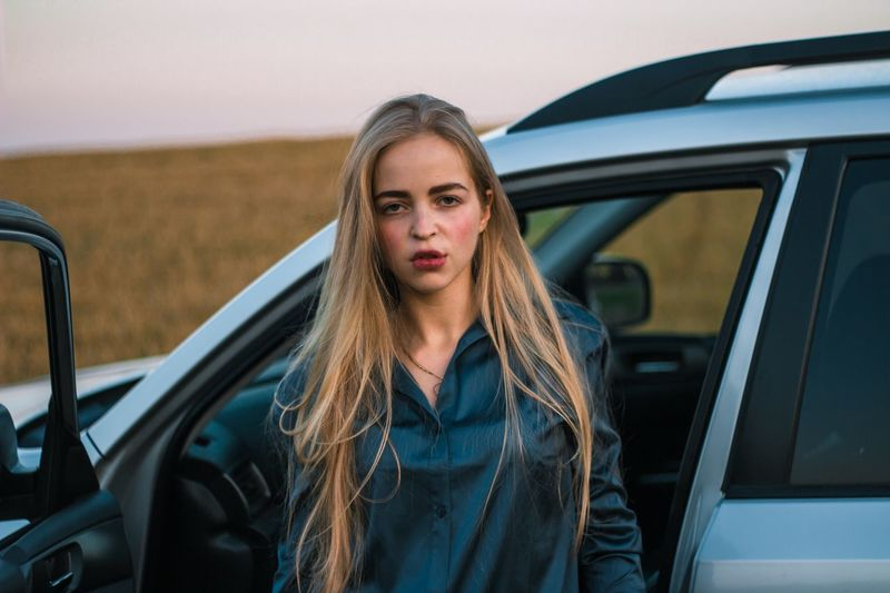 12 марта. Грех мне жаловаться Car Motor Vehicle Mode Of Transportation Transportation One Person Portrait Young Adult Real People Looking At Camera Long Hair Women Front View Leisure Activity Land Vehicle Hairstyle Beautiful Woman Car Door Lifestyles Hair Young Women