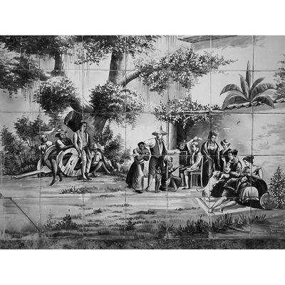 Pintura em azulejos em algum casarão de Olinda. Igerspernambuco