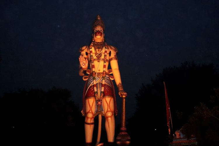 hanuman ji EyeEm Selects Night Illuminated Sky Architecture No People Religion Belief Built Structure Tree Building Travel Destinations Statue History Space Building Exterior Outdoors Place Of Worship Low Angle View Spirituality Nature The Great Outdoors - 2018 EyeEm Awards