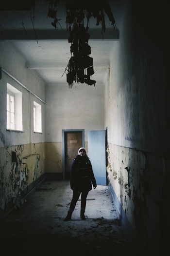 Lostplace Verlasseneorte Forgottenplaces Forgotten Lostplaces Urbexworld Abandonedplaces Abandonedworld Abandonedearth Allabandoned Indoors  Walking Abandoned Built Structure Horror Architecture Prison Full Length Adult Day One Person