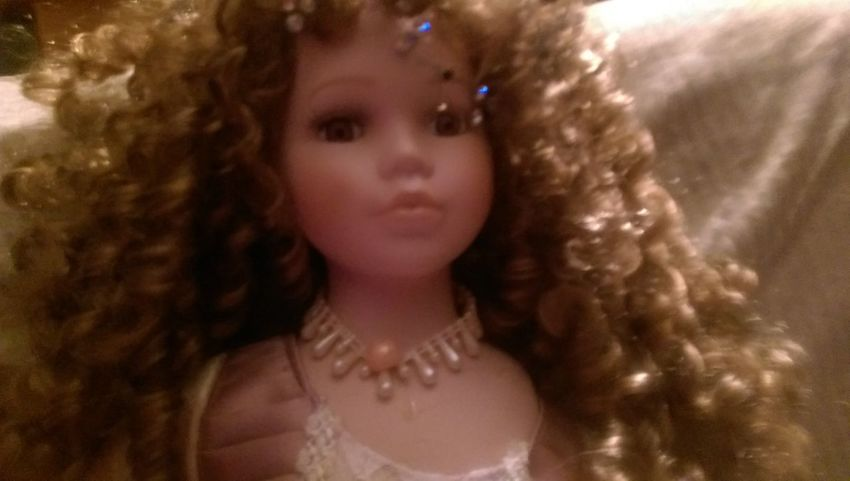 China Doll Antique Pretty Doll
