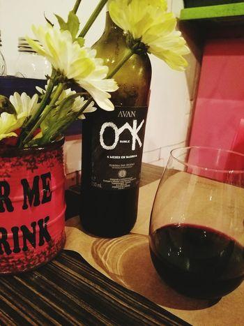 Lo único que me quedará de ti son esos gratos recuerdos de momentos como este. Wine Special Moment Flowers