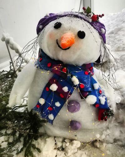 Snowman 1 Christmas Decoration Snow Snowman Representing Christmas Anthropomorphic Face Christmas Ornament Celebration Reindeer Art And Craft Sculpture