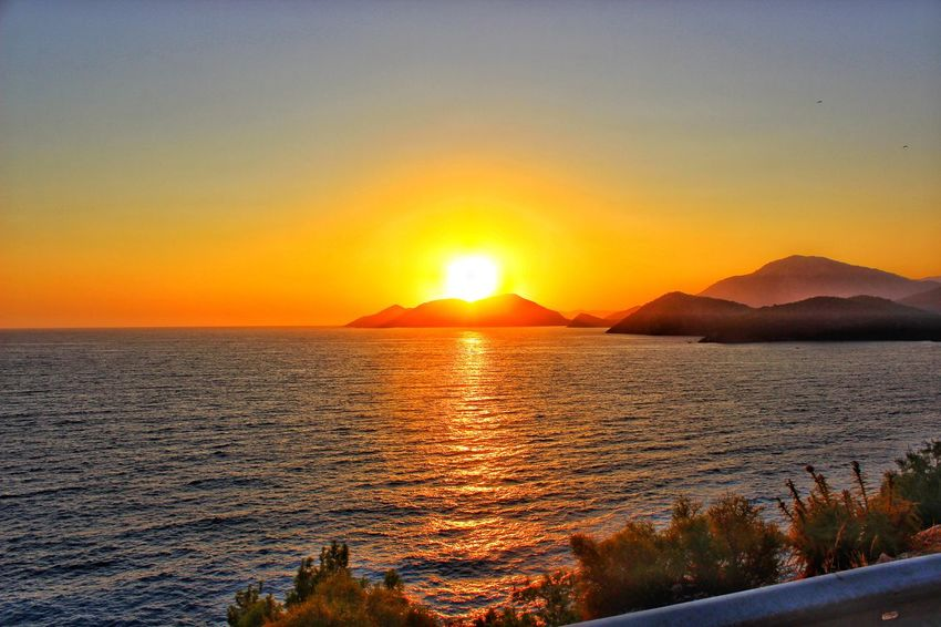 Ölü Deniz Nature Sunset Scenics Sea Beauty In Nature Orange Color Sun Tranquility Landscape Beach No People Sunlight Tranquil Scene Sky Water Idyllic Reflection Outdoors Travel Destinations Vacations First Eyeem Photo