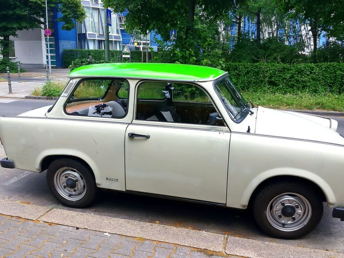 Check This Out Trabant from 1974 Berliner Ansichten Beliebte Fotos Ladyphotographerofthemonth Trabi Ancient German Democratic Republic Car - Trabi Trabiworld Trabi Comfort 😉 Mein Automoment Old Car Kult Kult Auto Trabi Adventure Cars Car