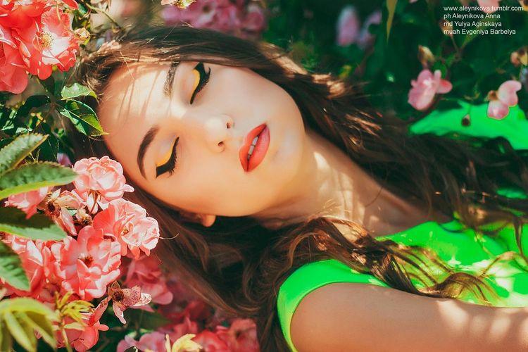 Crimea Flowers Style Girl Photography Photo Boussanna Beaty Makeup Fashion