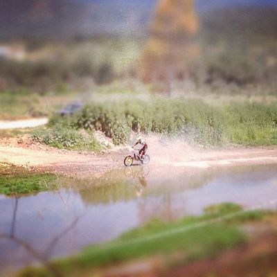 Minimoto IPhone IPhone4s Iphoneonly Photooftheday Instagram Tiltshift Race Moto Igers Photoday Instagramer Ubiquography Instalovers_gr