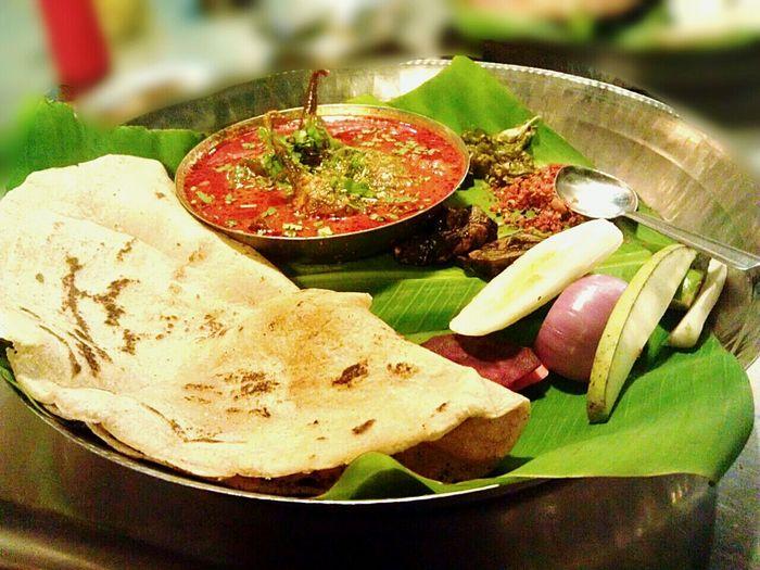 Food Porn Awards Maharashtrian Food At Hotel Girija bharale Vange & Bhakari Thecha