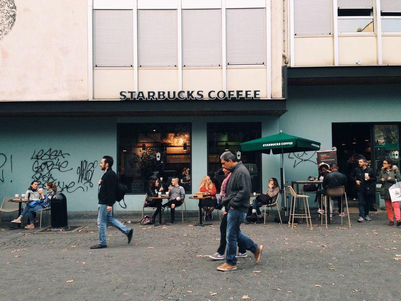 Live Love Shop Street Paris People Shopping ♡ Street Photography Shop Coffee Coffee Shop Starbucks Embrace Urban Life מייסטריט מייפריס Adapted To The City The Street Photographer - 2017 EyeEm Awards