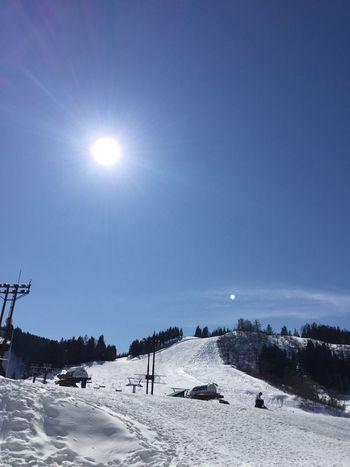 こんな最高のコンディションでスキーを楽しんだの初めてかも?w Enjoying Life Blue Sky Ski Skiing あらら、間違えて No Filter になってしまった。^^;