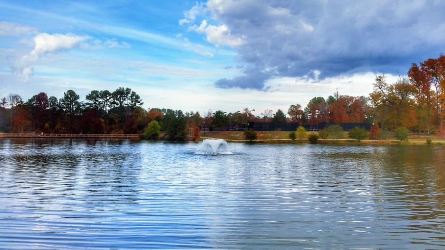 Fountain -- HDR Hdr_Collection Hdr Edit Autumn Autumn Colors Autumn🍁🍁🍁 Tree Trees Sky Cloud - Sky Clouds And Sky Water Water_collection Water Reflections Reflection Reflection_collection Nature Beauty In Nature EyeEm Nature Lover Lake Outdoors Landscape Landscape_Collection Landscape_photography Day