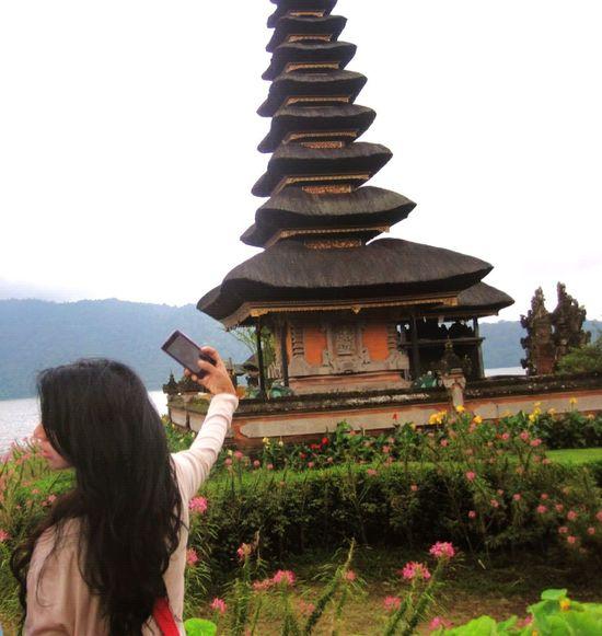 taking selfies is a mental disorder?? Hmm... Selfienation at Bedugul Bali