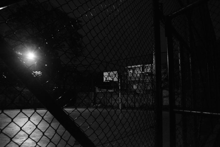 2016 EyeEm Awards Turkey Silentnight On The Street Light And Shadow Blackandwhite Photography Night Sport Art Gallery Night Walk My Gallery No People Pictures Tell A Story Night Vision