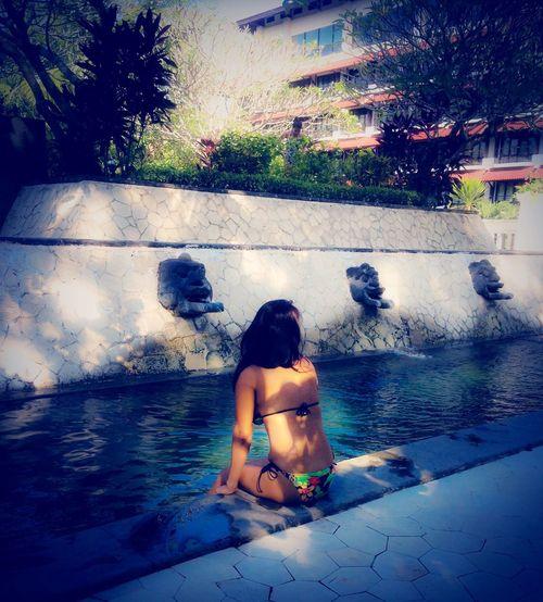 Sheraton Hotel Pool, My Back Miss Holidays