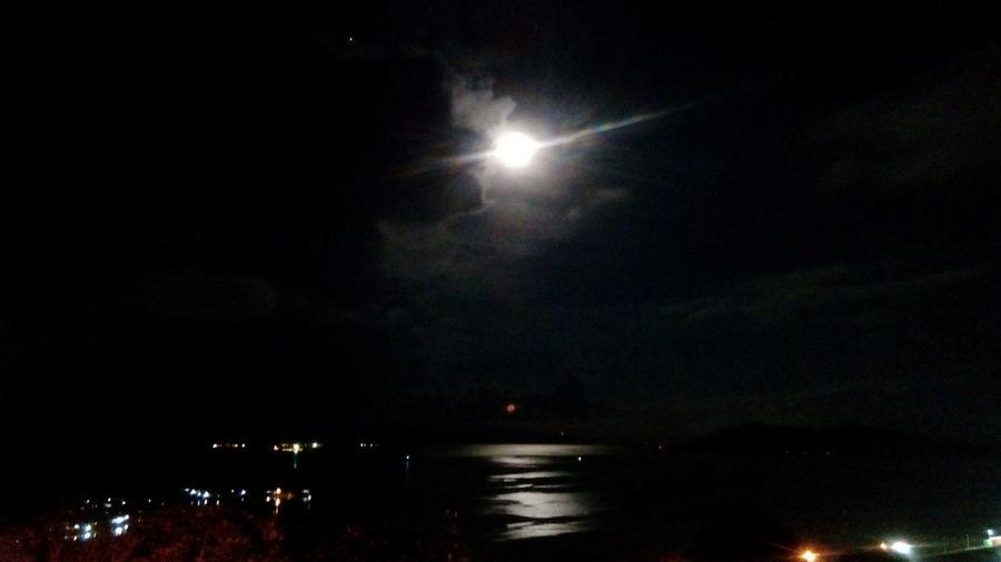 Moonsets Relaxing Enjoying Life