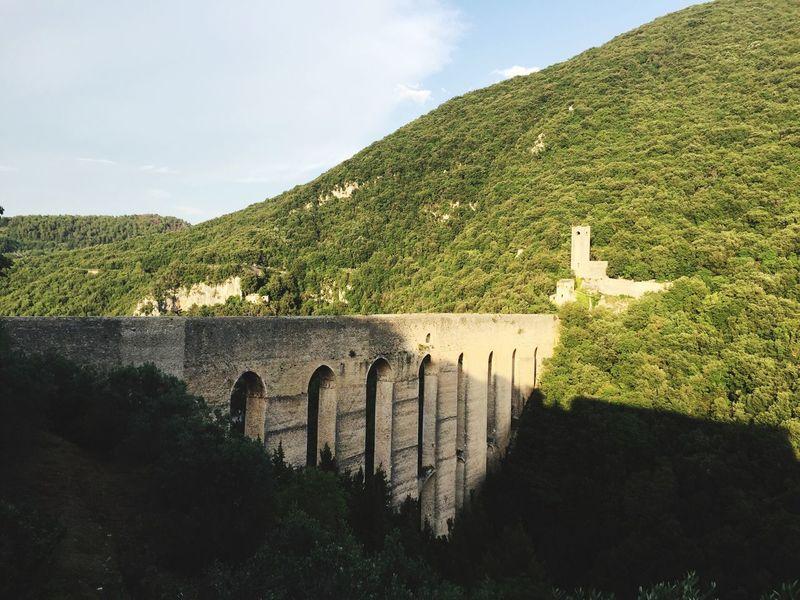 Tower bridge, Italian style Spoleto-Umbria <3 Ponte Delle Torri Countryside