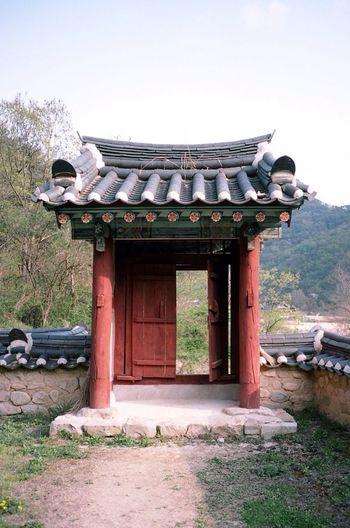 Contax T3 Kodak Portra 35mm Film Film Korea Architecture Traditional Open The Door Enjoying Life Asian Culture