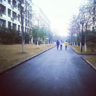 like a poem .I dont want to graduate. Schoollife