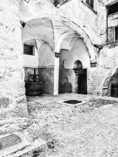 Built Structure Architecture Arch Building Exterior Religion No People Day Outdoors History Place Of Worship Valtellina
