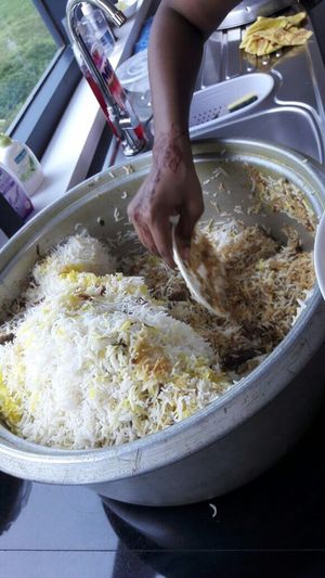 No Spoon, No Problem, Here We Use A Saucer For The Rice Briyani Mauritius Food And Drink Indian Food Lieblingsteil