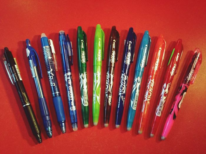... wymazywalne długopisy, pióra, cienkopisy Sklep Papierniczy Ul. Główna 9, Wałbrzych Piaskowa Góra Pilot Frixion Clicker Ghost