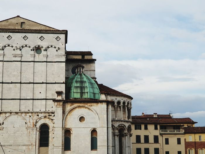 curch Travel Destinations Travel Photography Architecture Lucca Lucca Italy Church Curcharchitecture Clock Face Clock City Cityscape Time Place Of Worship Façade Sky Architecture Building Exterior Tower History Historic Building Tall - High Skyscraper
